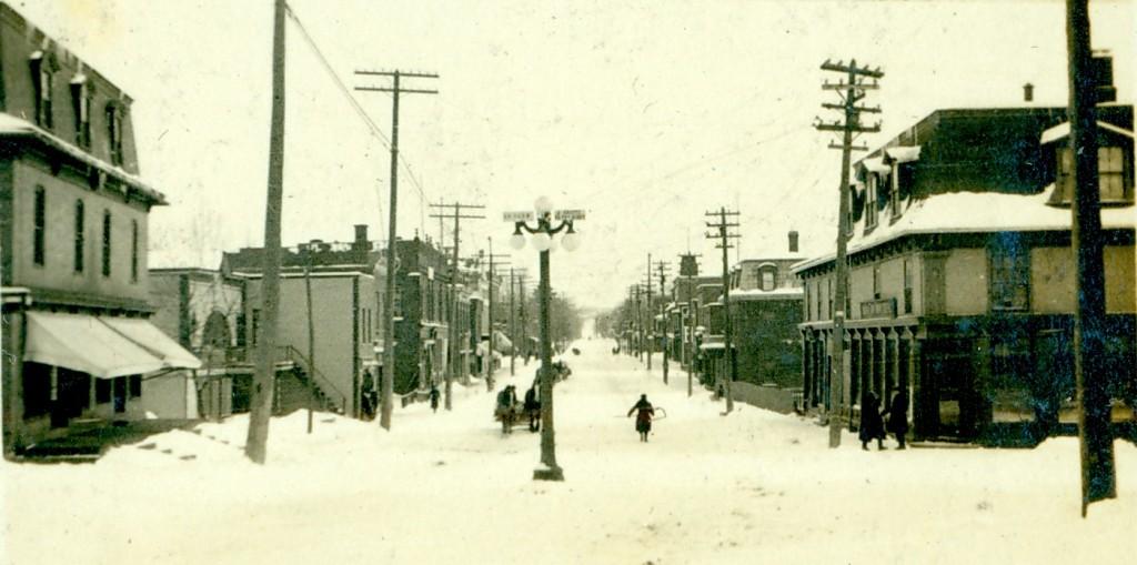 Rue Main Abbott